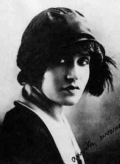 Tina Pica, la grande attrice Napoletana. Le sue passioni e la tragedia