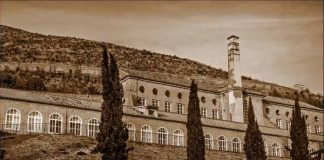 lo sai cosa hanno in comune l'opificio di San Leucio e la nave scuola Amerigo Vespucci?