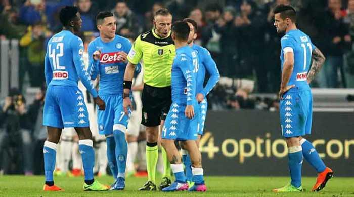 Il Corrsport da ragione al Napoli: rigore su Albiol, Reina tocca la palla.