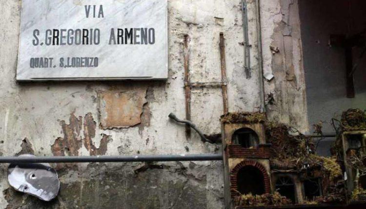 Napoli storia e curiosità. Storie e personaggi napoletani