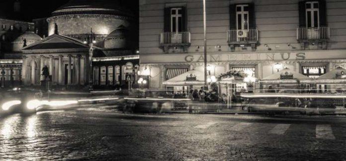 La leggenda della bambina fantasma al Bar Gambrinus di Napoli