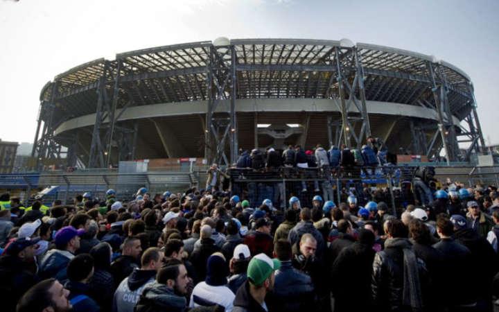 Napoli-Juve Tifosi in attesa fin dall'alba. Disservizi soprattutto in provincia