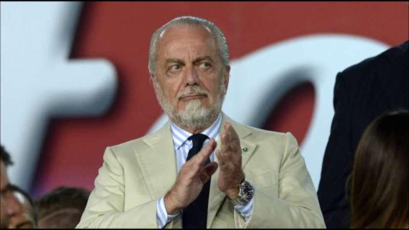 Il Napoli vuole blindare Sarri anche in caso di terzo posto