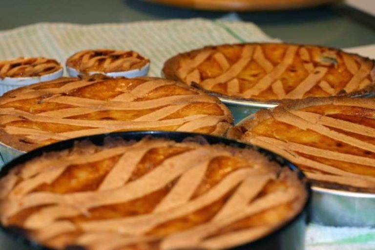 Pastiera napoletana, ricetta e storia della regina delle torte