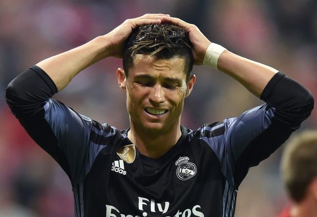 Ronaldo paga 375mila dollari per un presunto stupro. Il fatto è avvenuto in America nello stato del Nevada ed e' stato rivelato dall'Espresso.