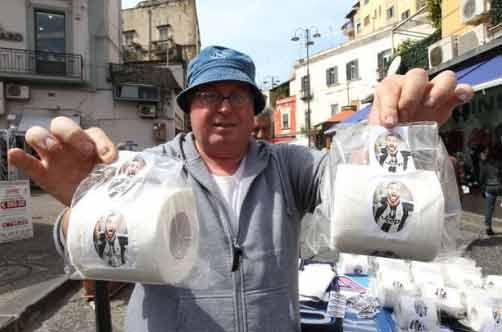 Per gli ambulanti vendite record a ruba la carta igienica Pipita