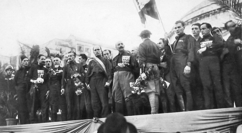 Negli anni venti Mussolini fu nominato cittadino onorario di Napoli
