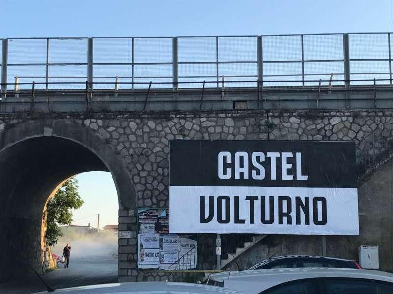 Il sindaco di Castel Volturno non simpatizza per il Napoli: De Laurentiis vada via e torni a Napoli