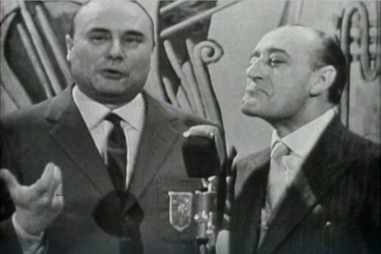 Prima apparizione in tv di Totò Con Mario Riva a 'Il Musichiere'