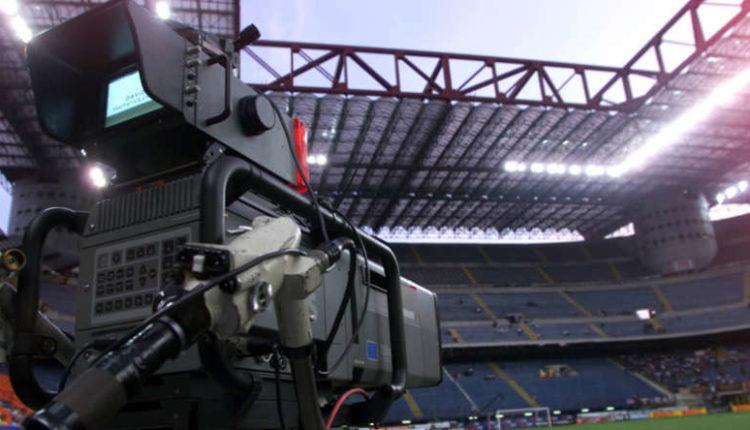 La serie A non piace: Solo sky presenta l'offerta per i diritti tv 2018-2021