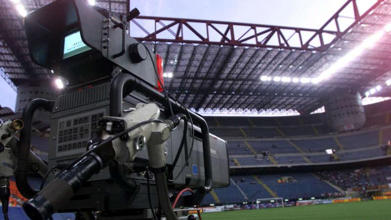 Serie A 2017/18: Ecco come si svolgeranno le partite. Anticipi, posticipi e coppe. Il calendario con gli orari e le norme del nuovo campionato.