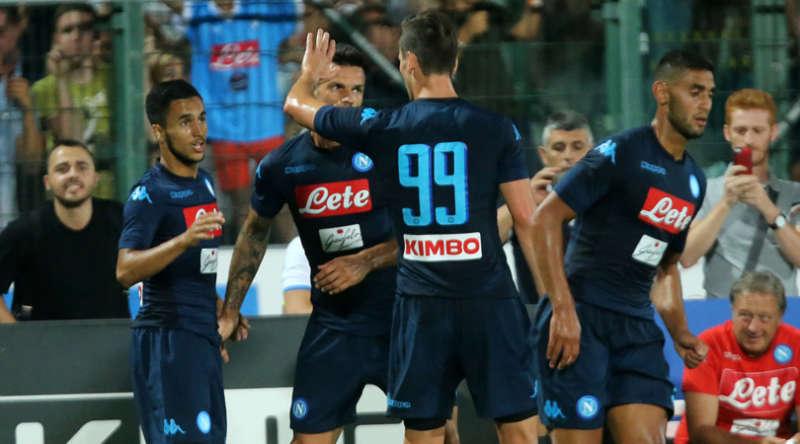Napoli-Chievo pareggio. Sarri si incazza. Ounas ancora in gol
