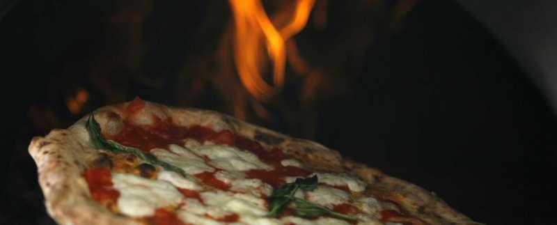 la pizza Napoletana nella top ten dei 50 piatti migliori del mondo