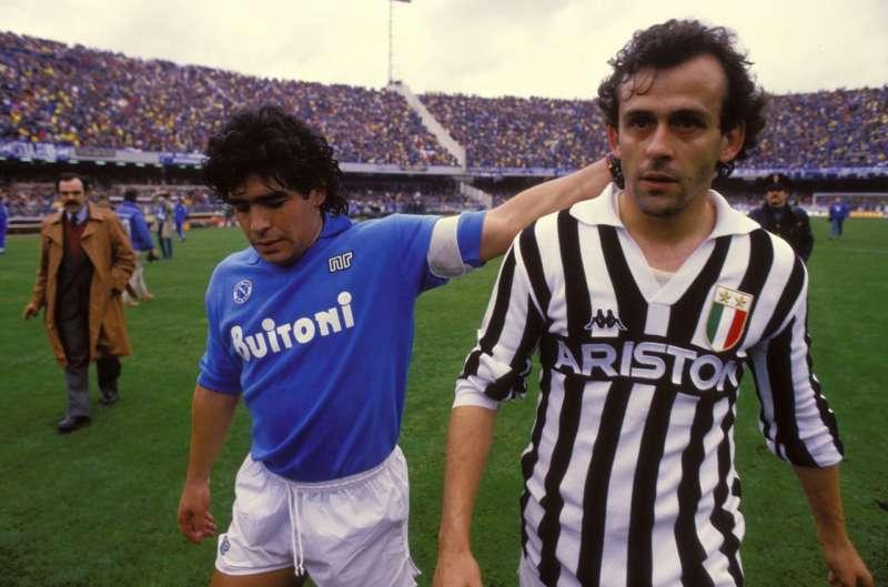 Nejmar passato da Barcellona al PSG per 222 milioni, ma sono nulla a confronto di quanto sarebbe costato oggi Maradona secondo l'agenzia Playratings.