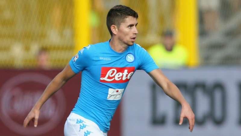 Tite ct del Brasile ha parlato con Jorginho. Il centrocampista del Napoli ambito oltreoceano, mentre Ventura non lo vede: Ecco la situazione...