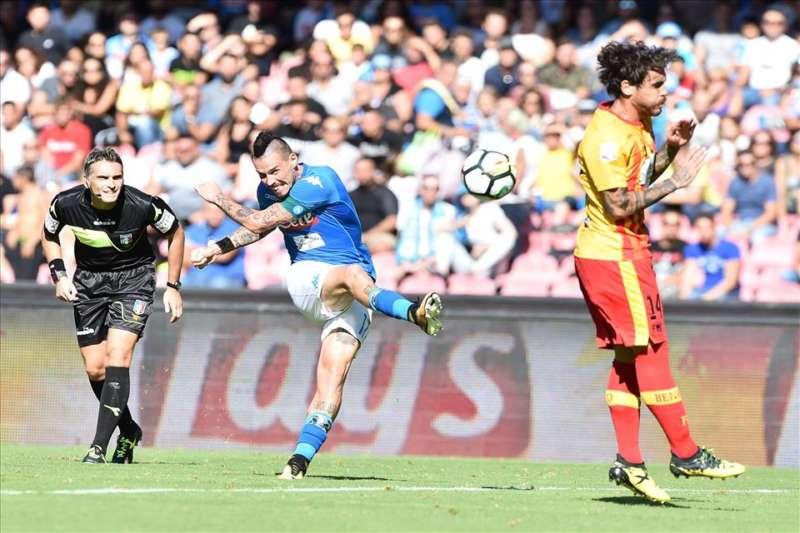 L'ex capitano del Napoli Beppe Bruscolotti sbotta contro le critiche al giocatore e analizza la sconfitta degli azzurri di Sarri in Ucraina.
