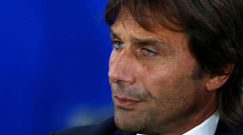 Su Facebookfrecciate velenose tra Conte e Agnelli. L'allenatore del Chelsea chiamato in causadal presidente bianconero.
