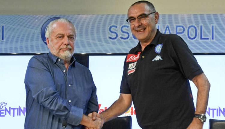 Secondo Sport Mediastet è stato fissato l'incontro tra Sarri e De Laurentiis. Il mister potrebbe restare ancora alla guida del Napoli. Questa ipotesi sta prendendo corpo nelle ultime ore.