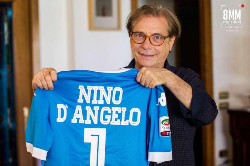 """Nino D'Angelo sul Napoli. Il cantante ha parlato alla gazzetta: """"quella volta in cui Maradona mi chiamò e mi lasciò a bocca aperta."""""""