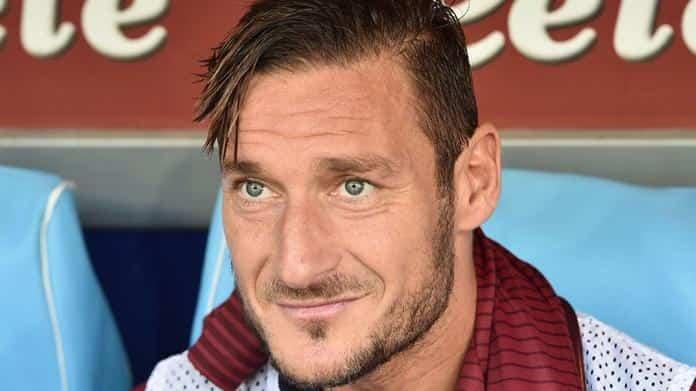 Francesco Totti su Napoli-Juve. Il Pupone spera in un pari, poi assegna lo scudetto al Napoli e parla di Lorenzo Insigne.