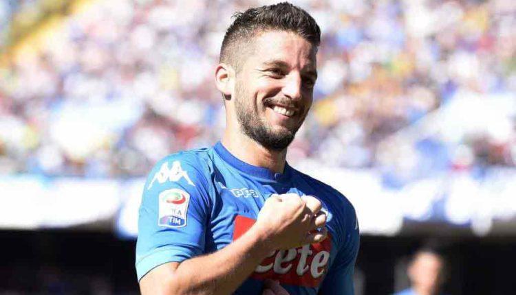 """Mertens a Ferrara: """" Ecco chi è il vero Ciro"""". L'attaccante del Napoli e Ferrara disputa su Ciro: spunta il """"terzo incomodo""""."""