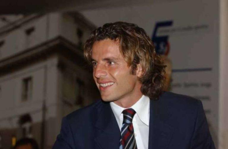 """Ciccio Colonnese su Verdi non usa mezze parole: """"la sua decisione pilotata."""". L'ex difensore del Napoli ed opinionista SKY ha parlato anche del mercato: """"Dal Barcellona arriverà un un giocatore internazionale per il Napoli""""."""