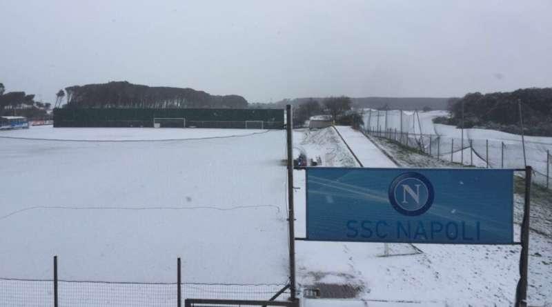 Napoli, dopo la neve di ieri si riparte: allenamento pomeridiano in programma