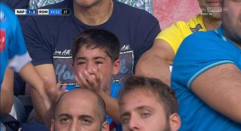 """DA BRIVIDI. I tifosi della Roma: """"Juventino hai visto il San Paolo?, ecco perchè non vincerai mai"""""""
