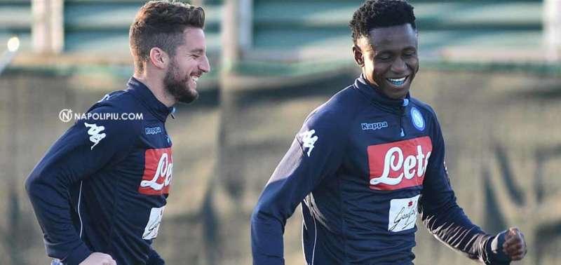 Il Napoli torna ad allenarsi in vista del Milan. Si rivede GhoulamIl Napoli torna ad allenarsi in vista del Milan. Si rivede Ghoulam
