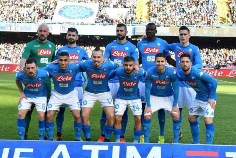 Il Napoli e i napoletani ci credono. Contro il Chievo San Paolo pieno