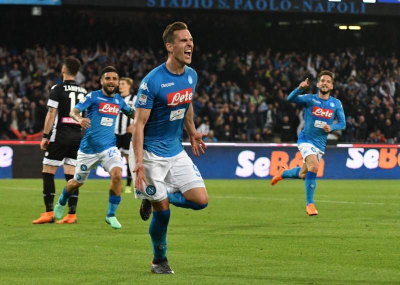 Napoli si gode un super Tonelli: