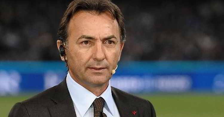 La Juve vince il settimo scudetto. La felicità di Mauro negli studi Sky. Anche il conduttore Fabio Caressa si accoda ai festeggiamenti.