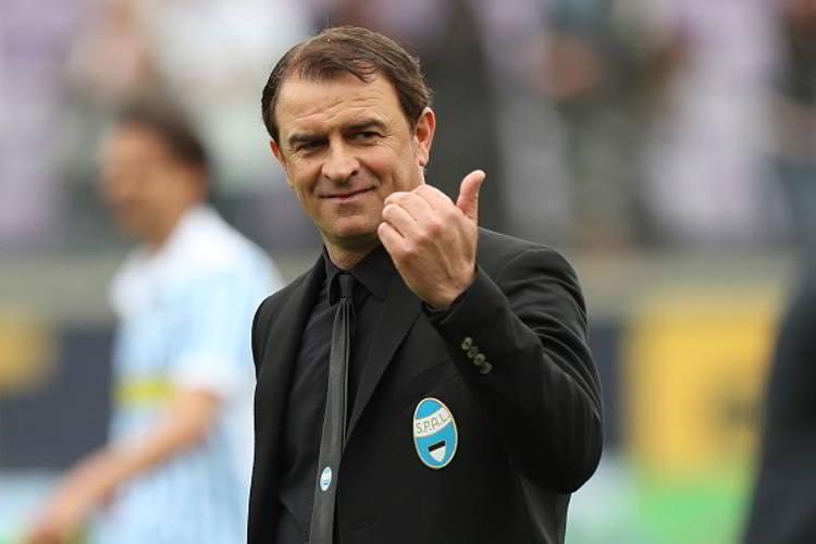 Leonardo Semplici apre al Napoli. La'llenatore dopo aver raggiunto la salvezza con la SPAL, ammette di sentirsi pronto pronto per allenare una big come il Napoli.