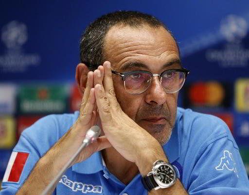 Sarri al Chelsea senbra fatta, l'agente è a Londra per trattare il passaggio dell'ex allenatore del Napoli. Arrivano indiscrezioni su Koulibaly.