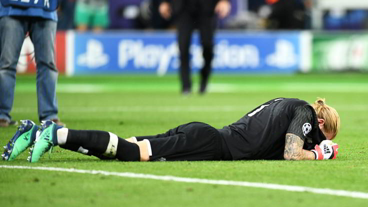 """Napoli tweet per Karius: """"Una serata storta può capitare. Coraggio campione"""". questo il tweet del club partenopeo dopo le due papere del portiere del Liverpool."""