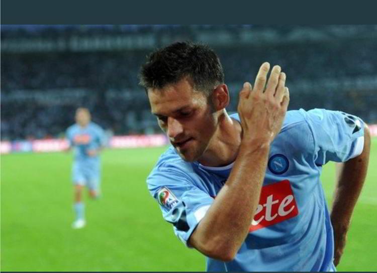 """La commozione di Maggio per l'addio a Napoli dopo 10 anni: """"arrivai da vicentino, me ne vado da Napoletano. """"Sono rimasto un po' deluso da Sarri, non posso negarlo perché ci tenevo a chiudere questo ciclo mio nel miglior modo possibile."""""""