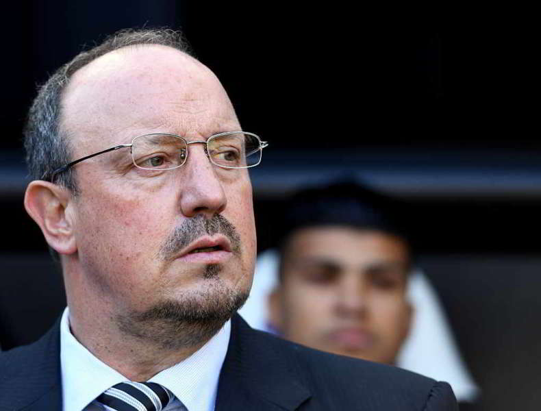 """Rafa Benitez parla del suo futuro e delle voci di mercato che lo volevano nuovamente sulla panchina del Napoli:""""non ho sentito ADL, sto rinnovando con il Newcastle""""."""