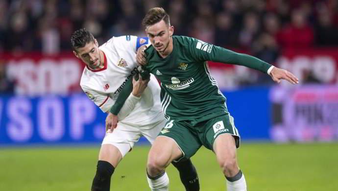 Ultim'ora: Barcellona e United vogliono Ruiz, slitta la firma con il Napoli