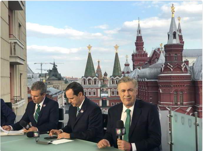 Il mondiale di Ancelotti, stella della tv in Messico e la battuta sul Napoli.