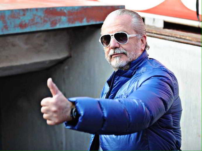 Il Napoli lavora in segreto per un top player. Novità su un difensore