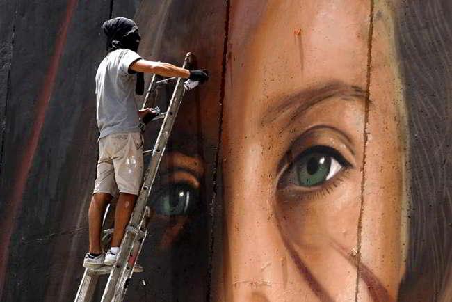 Jorit Agoch liberato dalla polizia israeliana. Lo street artist Napoletano torna a casa