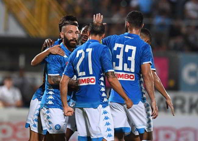 Napoli-Chievo 2-0. Tonelli devastante bene Ounas