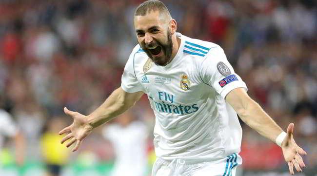 Daily Mail. Il Napoli su Benzema, offerta da 45 milioni per l'attaccante del Real Madrid