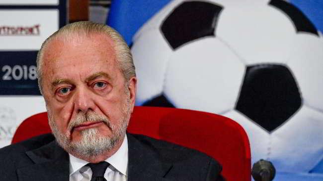 De Laurentiis vuole il Bari. La Ssc Bari come la Ssc Napoli. Oggi la scelta