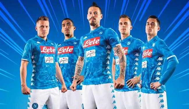 Dimaro, presentata la nuova maglia del Napoli 2019: Kappa kombat pantera