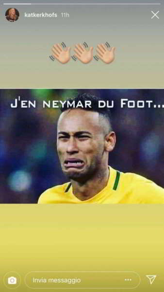 "La moglie di Mertens prende in giro Neymar su Instagram dopo la sconfitta del Brasile contro il Belgio al Mondiale in Russia: ""J'en Neymar du foot""."