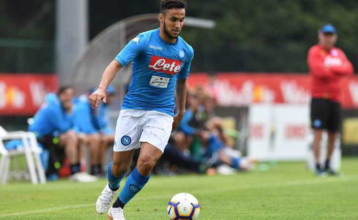 Napoli, infortunio per Ounas, l'attaccante lascia l'allenamento