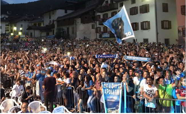 """Dimaro, presentato il Napoli 2018/19, Ancelotti ai napoletani: """"Possiamo farcela"""""""
