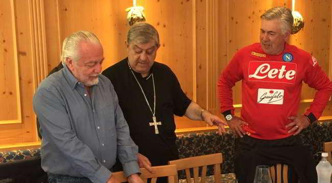 "De Laurentiis: ""San Gennaro dodicesimo uomo"". Fantastica risposta di un tifoso"