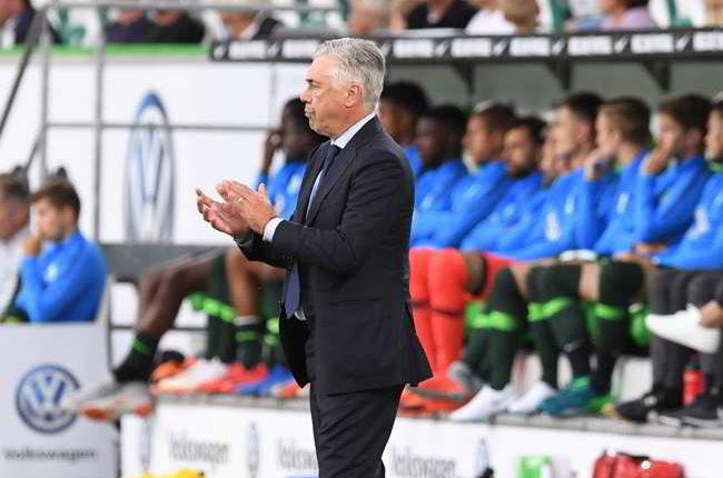 Napoli flop a Wolfsburg. Koulibaly inguardabile. Male Malcuit. La gazzetta boccia gli azzurri